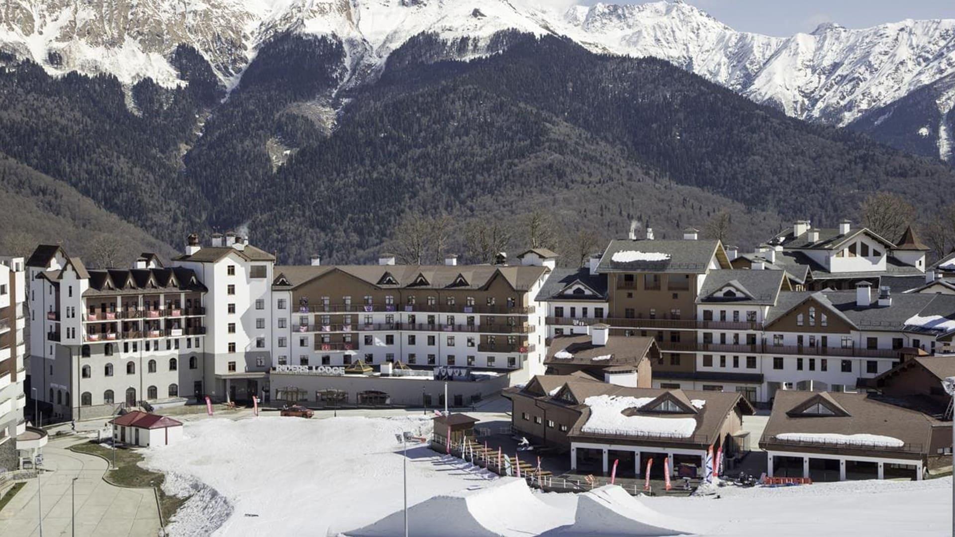 Горная олимпийская деревня зима 10
