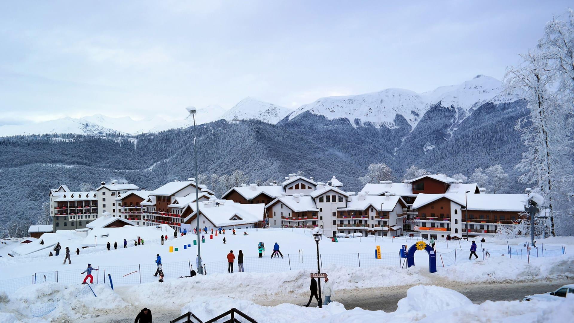 Горная олимпийская деревня зима 11