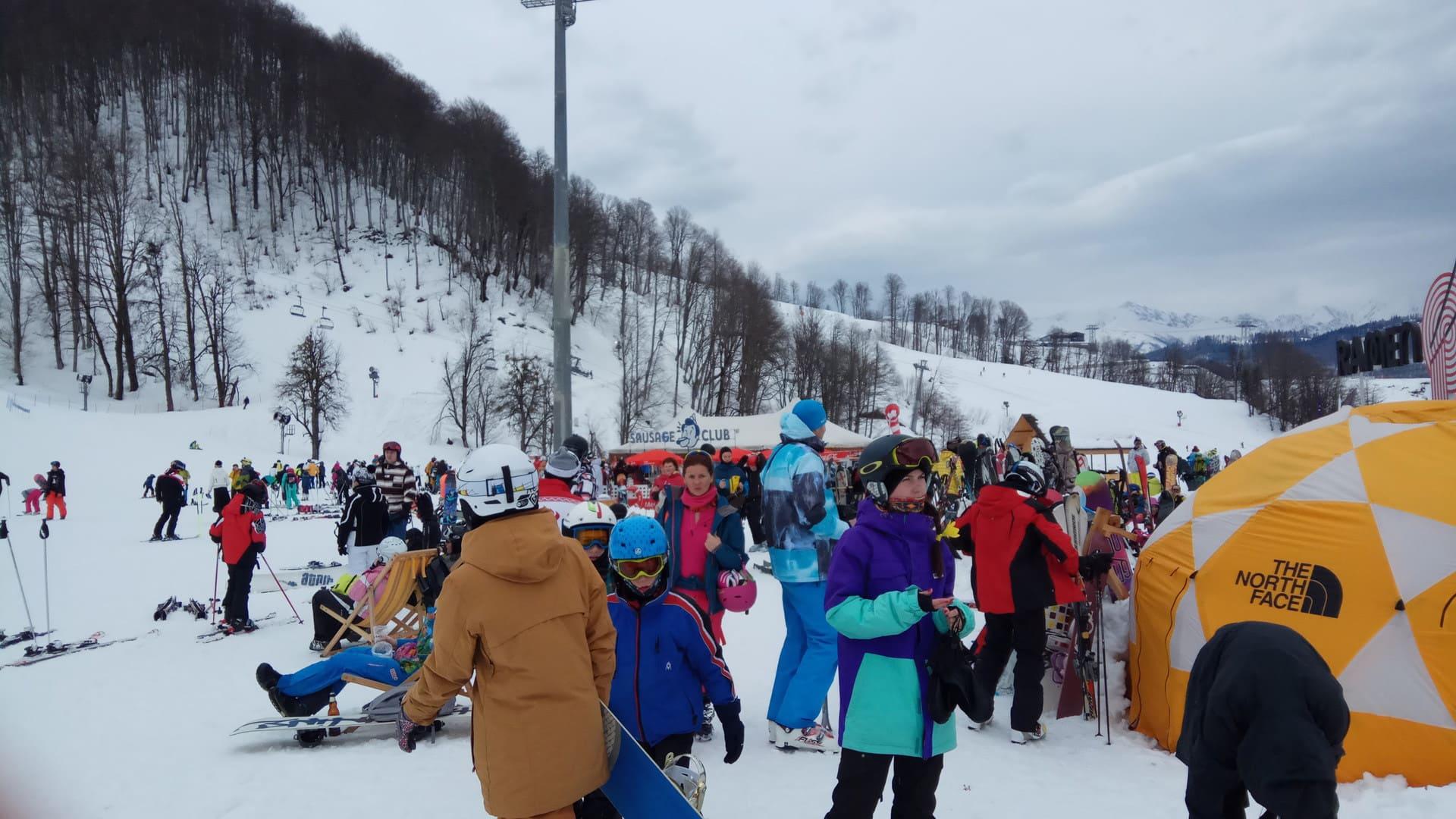 Горная олимпийская деревня зима 22